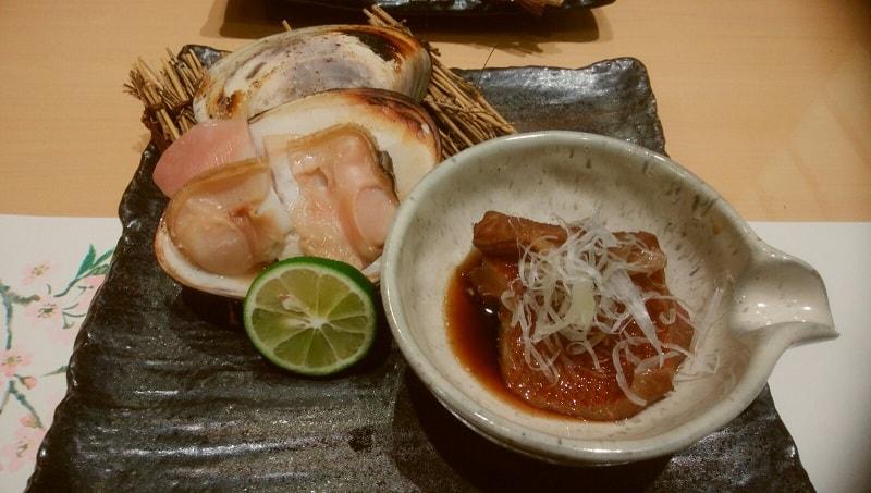 絶品の焼き蛤ときんきの煮つけ